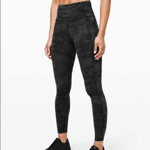 """Lululemon size 4 fast and free 25"""" incognito camo"""